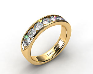 18k Yellow Gold 0.25ctw Channel Set Diamond Anniversary Ring