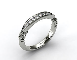 Platinum Pave Graduated Wedding Band