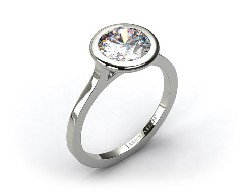 18k White Gold Bezel Solitaire Engagement Ring (Round Center)