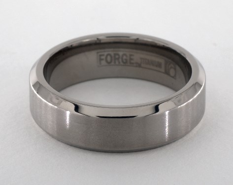 Titanium 7mm Comfort-Fit Satin-Finished Beveled Edge Design Ring